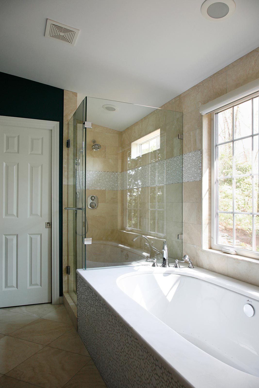 Large tub and separate shower